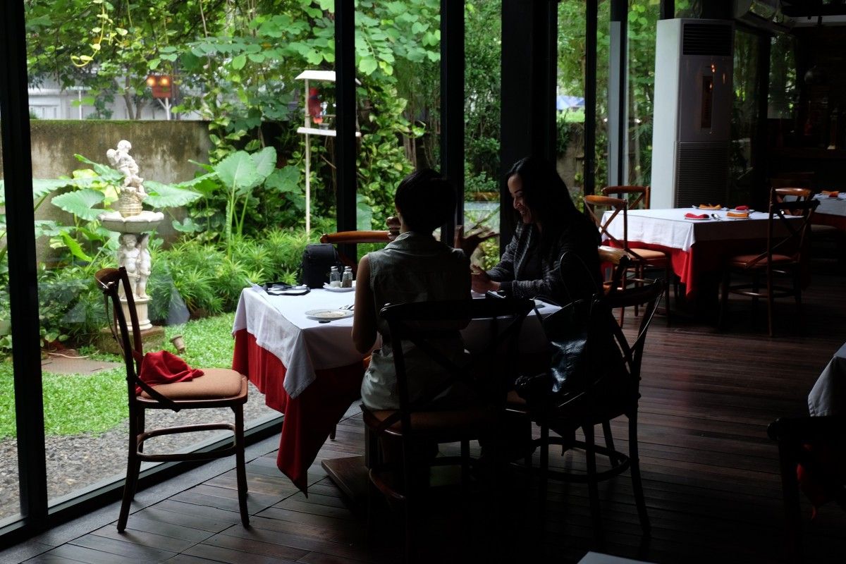 Finding Shades Of Romance In Patio Venue Restaurant Plataran At